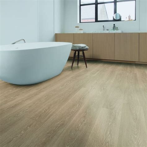 Light Brown Laminate Flooring by Quickstep Majestic Valley Oak Light Brown Mj3555 Laminate