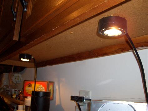 Under Cabinet Lighting Wiring Undercabinet How To Wire Cabinet Lighting