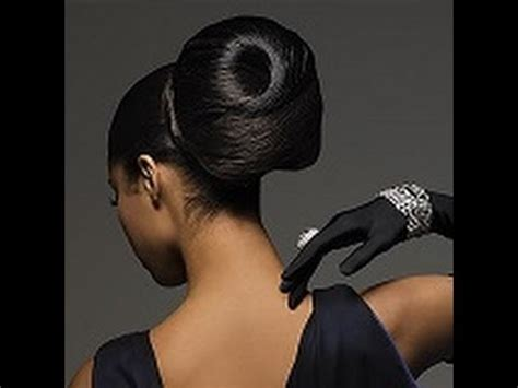 bun hair style for black women, fashionable puff hair