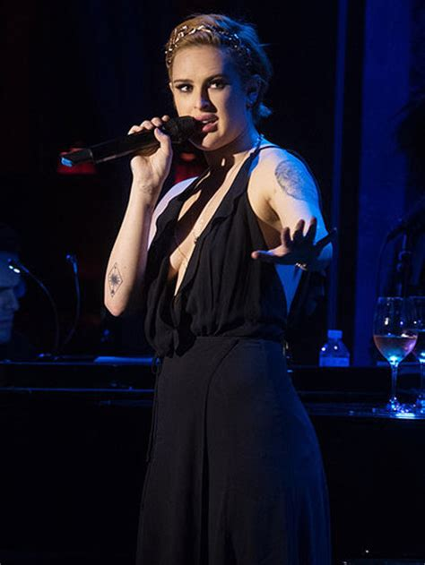 Bruce Wont Stop Lovin Demi by Demi Pictures In Mexico With Rumer Willis