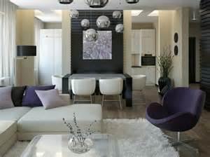 Salon et salle 224 manger d 233 cor 233 s en balnc violet et gris