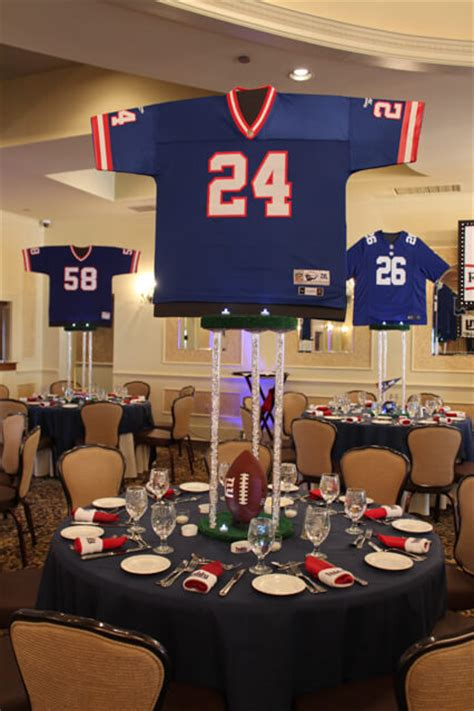 football banquet centerpieces sports themed centerpieces balloon artistry