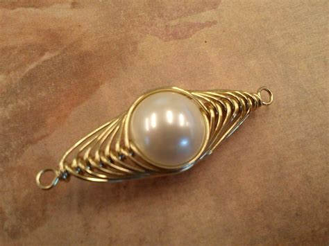 Wire Wrapped Pendants: 42 Interesting Designs   Guide Patterns
