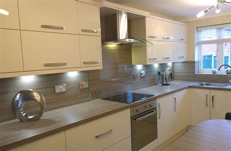multi wood kitchen cabinets kitchens liverpool gallery hameldown cream kitchen