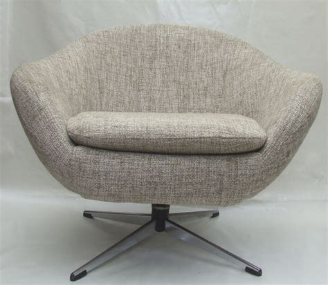 chair for tub pair of 1960s tub chairs with swivel base maud