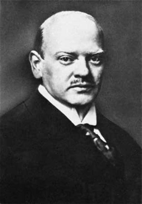 gustav stresemann   biography chancellor of germany