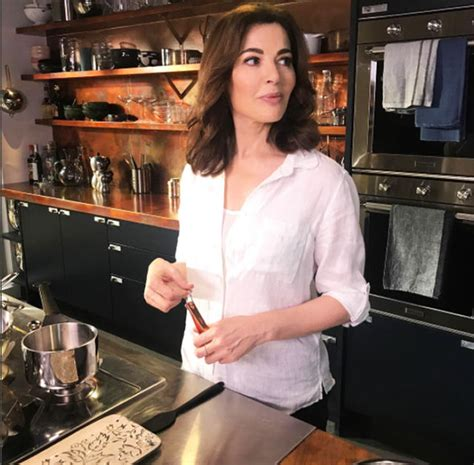 nigella lawson weight loss tv stuns with slimmed
