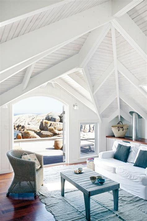 seaside home interiors azzurro dentro e fuori per la casa al mare blog di