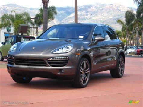 what color is cayenne 2011 umber brown metallic porsche cayenne s hybrid