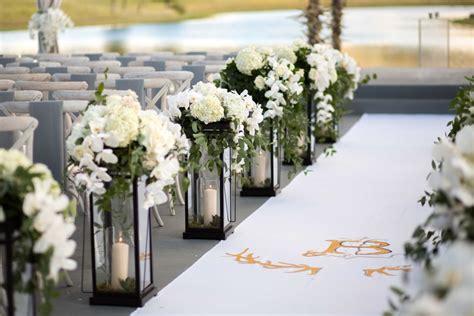 Wedding Aisle Lined With Lanterns ceremony d 233 cor photos lantern d 233 cor along aisle runner