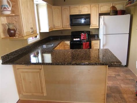natural maple cabinets with granite natural maple kitchen cabinets latest best ideas about