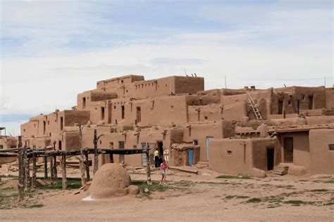 pueblo houses affordable low and high rise honeycomb housing pueblo indian multi storey houses