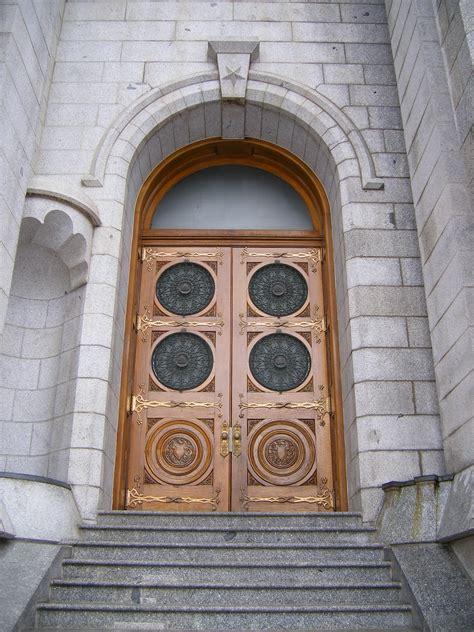 The Door Slc by File Salt Lake Temple West Side Right Door Jpg