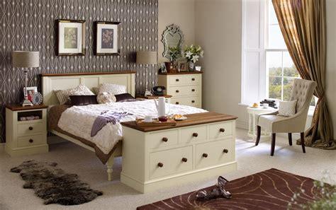 decorar in ingles cama para un dormitorio ingl 233 s im 225 genes y fotos