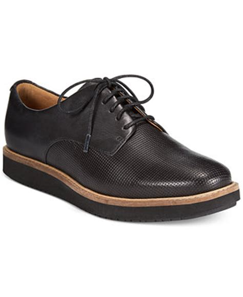 macys womens oxford shoes clarks artisan s glick darby oxford flats flats