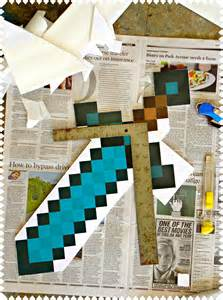 How To Make A Minecraft Paper Sword - how to make a minecraft sword and pickaxe