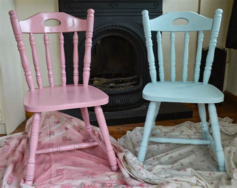 rustoleum spray painted chairs these remind me of all diy upcycled chairs shabby chic inspired dolly