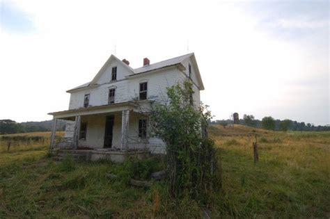 haunted houses in wv 8 creepy houses in west virginia that could be haunted