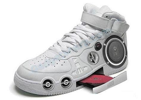 hi tech shoes 9 creative and high tech shoes designs gadget sharp