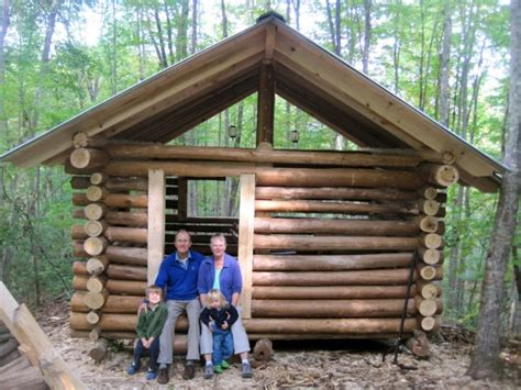 Log Cabin Construction by Will Gatlin S Cold Holler Cabin
