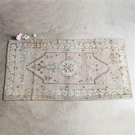 note rug vintage rug in muted tones gorgeous the design vintage rugs rugs and vintage