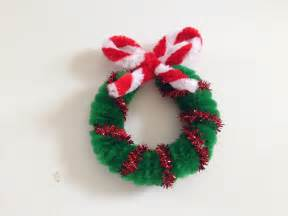 pipe cleaner christmas wreath 1 youtube