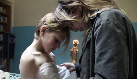 film love like poison corpo celeste la critique