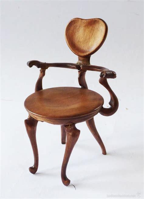 silla gaudi de artesano  casas de munecas  comprar