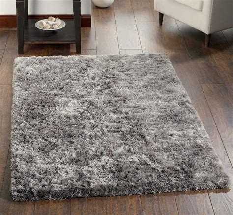 fluffy grey rug 17 best ideas about shaggy rug on shag pile rugs fluffy rug and bedroom area rugs