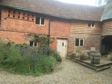 ludlow cottages for two hoppickers house