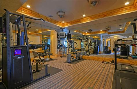 mirrored home gyms exercise rooms