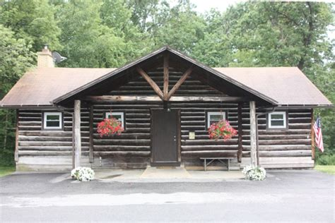 Cabin Rentals In Central Pa by Family And Pet Friendly Lodge Makes Great Vrbo