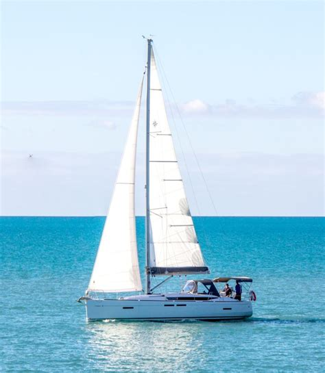yacht sailing boat difference baronga jeanneau sun odyssey 41 sailing yacht charter