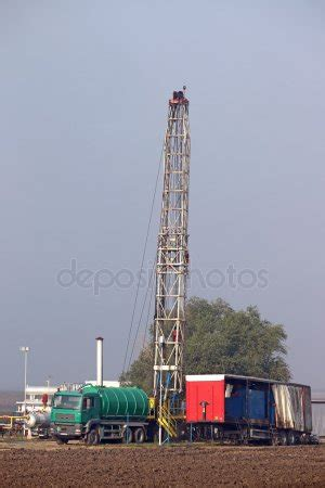 drilling rigs stock photos, royalty free drilling rigs