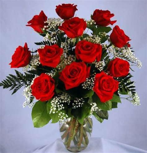 One Dozen Roses by One Dozen Wrapped Bouquet Kremp