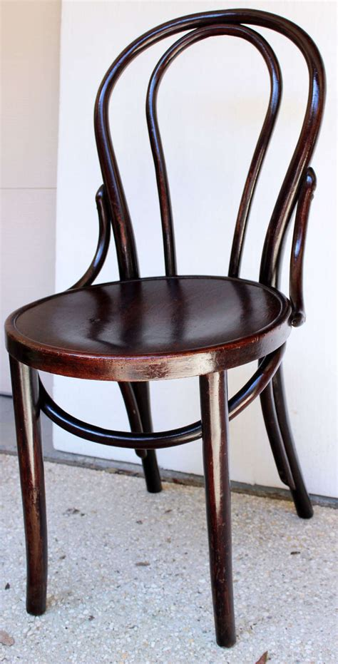 Thonet Bistro Chair Set Of Five Thonet Style Parisian Bistro Chairs At 1stdibs