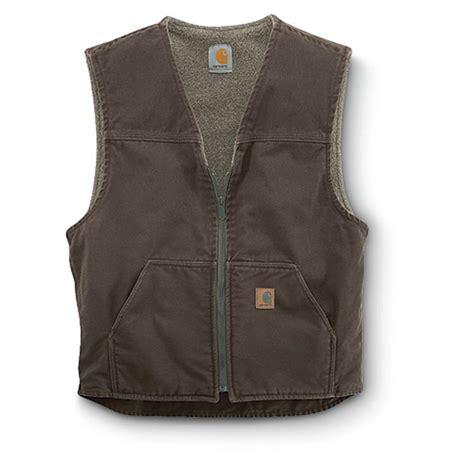 carhartt s rugged sherpa lined vest carhartt s sandstone rugged sherpa lined vest 156260