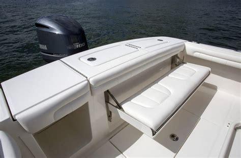 regulator  center console bluewater yacht sales