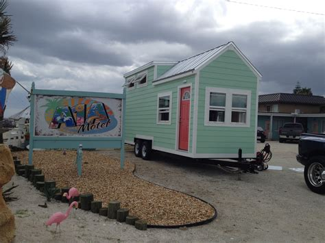 208 Sq Ft Tiny House On Wheels Signatour Tiny Houses