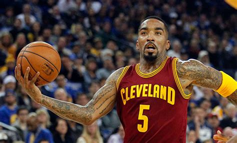 jr smith cleveland cavaliers shoes report j r smith to skip cavs minic this week due to