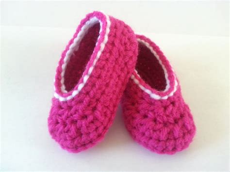 free pattern for crochet baby booties free crochet baby bootie patterns hook d on you crochet