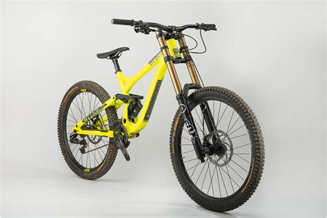 commencal supreme dh test vtt commen 231 al supr 234 me dh world cup 2014 v 233 lo racing dh