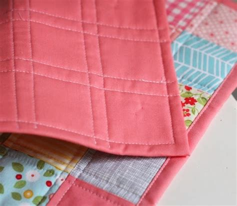 Bind A Quilt by Binding A Quilt With The Quilt Back Cluck Cluck Sew