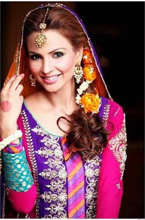 making hairstyles at home in pakistan 20 simple and cute hairstyles for mehndi function this season