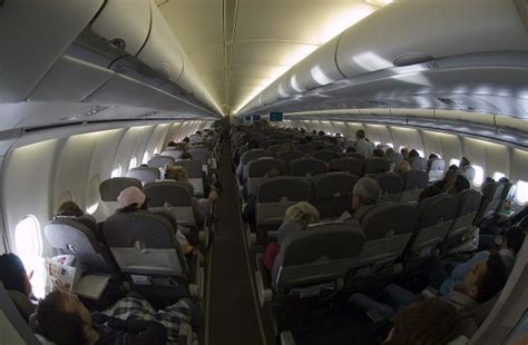 voli interni usa mapa de asientos iberia airbus a340 600 342pax plano