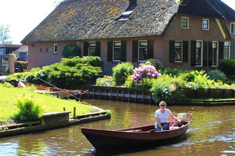 Different Style Of Houses visit giethoorn the picturesque dutch village with no
