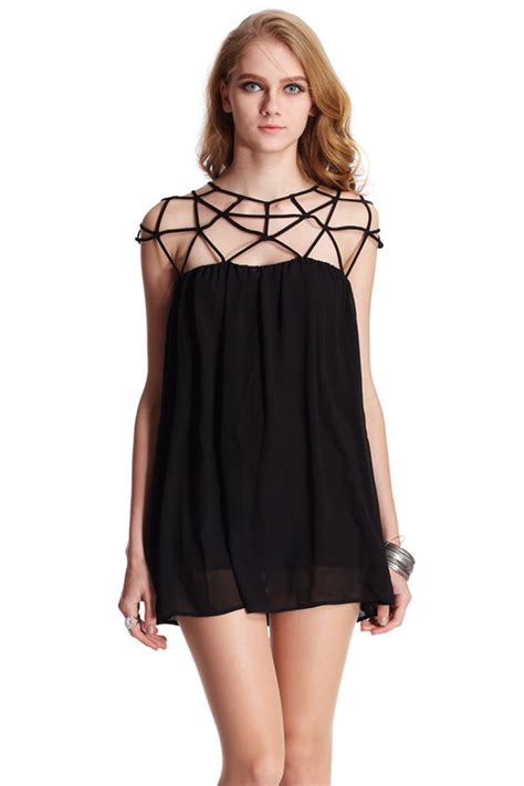 romwe cut out sleeveless black smock dress