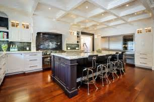 Legacy Kitchen Cabinets Queen Elsa S Kind White Ice Granite