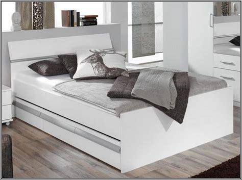 Ikea Polsterbetten Mit Bettkasten by Bett Mit Bettkasten Ikea Daredevz