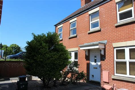 3 bedroom houses for sale in weston super mare 3 bedroom house for sale rowan place weston super mare